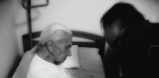 Imagen de Maltrato a mayores.