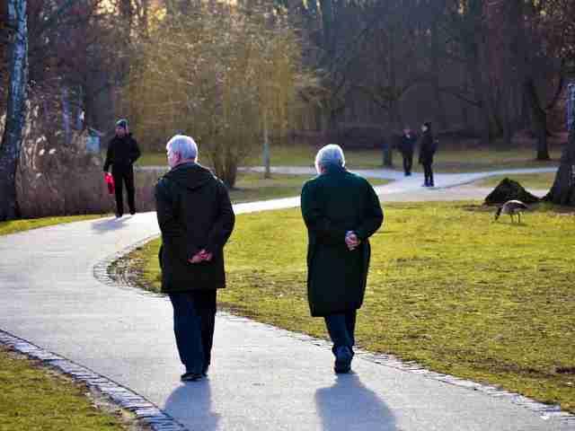 Foto de ¿Cómo envejece la población española?